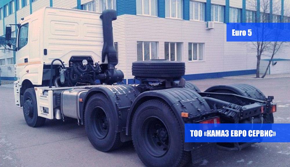 Седельный-тягач-КамАЗ-65206,4